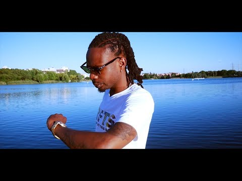 Le youth - money an plis