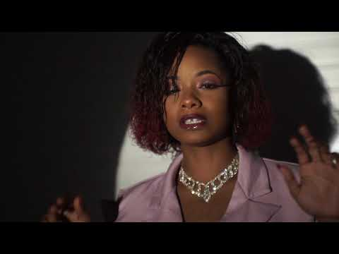 Chanel - Mama no cry